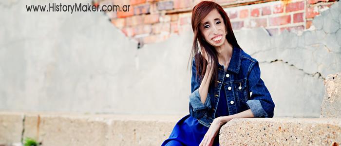 Lizzie Velasquez mujer más fea del mundo