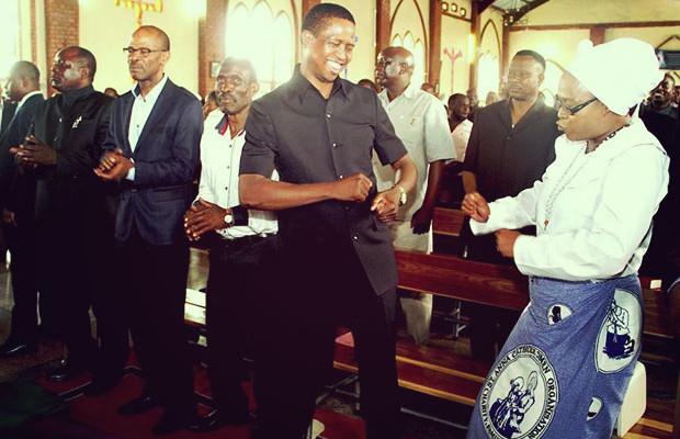 Presidente-de-Zambia-dedica-su-país-Dios