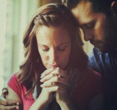 Cómo-ganar-a-su-esposo-no-creyente