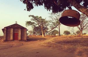 Hija-pastor-ugandés-presuntamente-violada-negarse-cerrar-iglesia