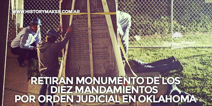 Retiran-monumento-de-los-Diez-Mandamientos-por-orden-judicial-en-Oklahoma